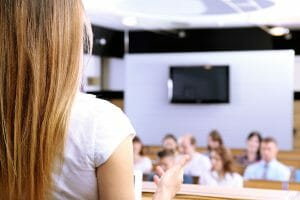 Ten tips to use public speaking to grow your business